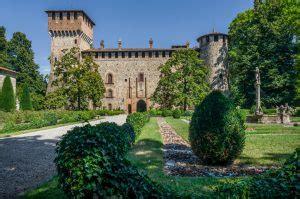 ritorno al giardino segreto meravigliosi giardini l affascinante borgo medievale di