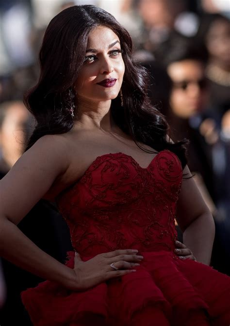 aishwarya rai bachchan high quality bollywood celebrity pictures aishwarya rai