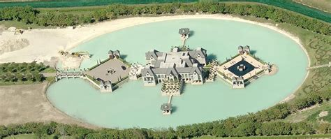 charles sieger spectacular house surrounded by moat