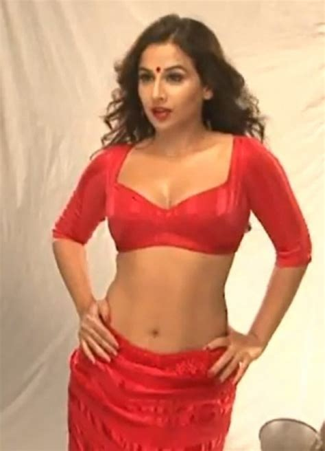 vidya balan hot hot photos in indian actresses vidya balan hot boobs show