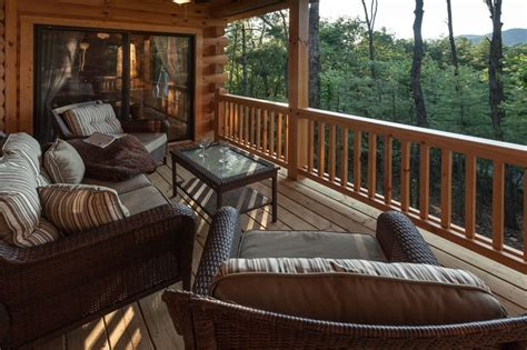 Blue Sky Cabin Rentals Offer Code by Mountain View Cabin In The Weeks End Blue Sky Cabin Rentals