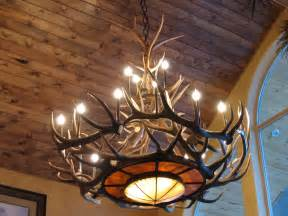 How To Make Antler Chandeliers Tweed S Rawhide Mica Elk Antler Chandelier