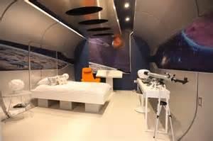 space room 25 bedrooms geeks would die for hongkiat