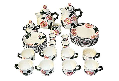 Hand Painted Benches Villeroy Amp Boch Wild Rose Tea Set Service For 8 Mettlach