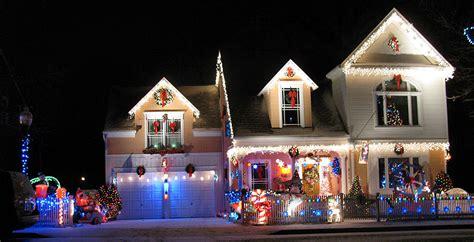 christmas lights that shine on house led christmas lights shine on house house plan 2017