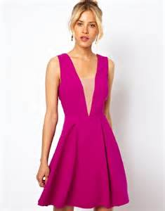 24 chic fall wedding guest outfits for ladies happywedd com