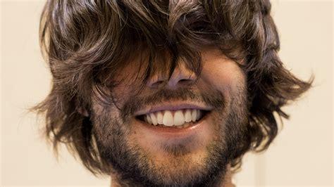 coupe homme mi long coupe de cheveux pour homme mi long