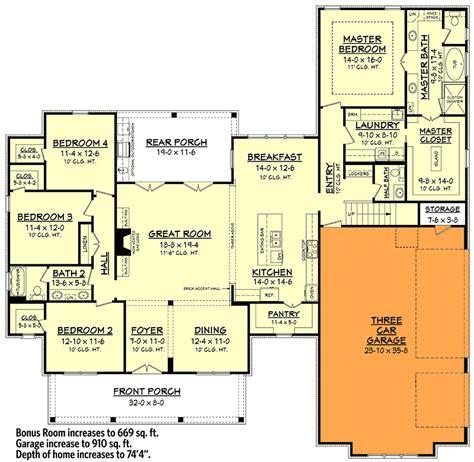 plan 51754hz modern farmhouse plan with bonus room modern farmhouse plan with bonus room 51754hz