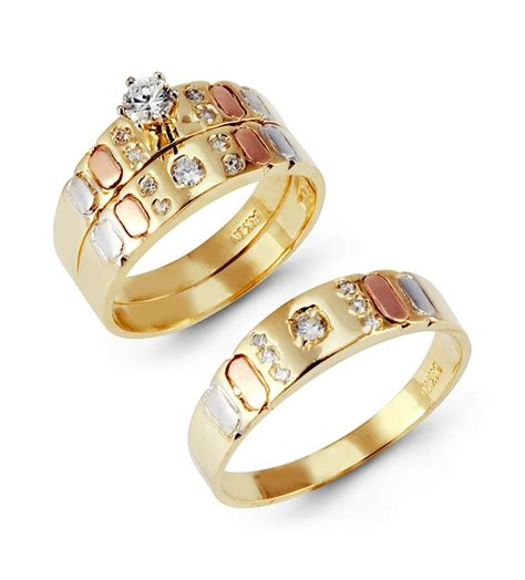 his and hers wedding ring sets yellow gold his and hers
