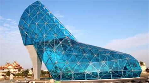 house shaped like a shoe taiwan shoe church high heel building in taiwan