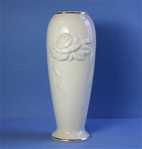 Lenox Vase Value by Lenox Rosebud Collection 7 Quot Vase