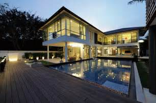exquisite contemporary vacation home in the exotic country of thailand freshome com