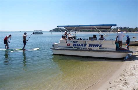 house boat noosa o boat hire