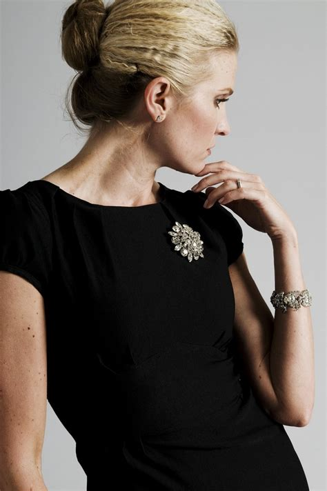 Unique Ways To Accessorize Your Lbd by Top 10 Ways To Accessorize Your Black Dress Top