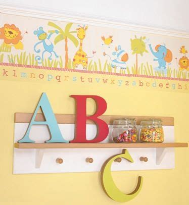 wallpaper borders for craft room 13 best images about wallpaper borders on pinterest