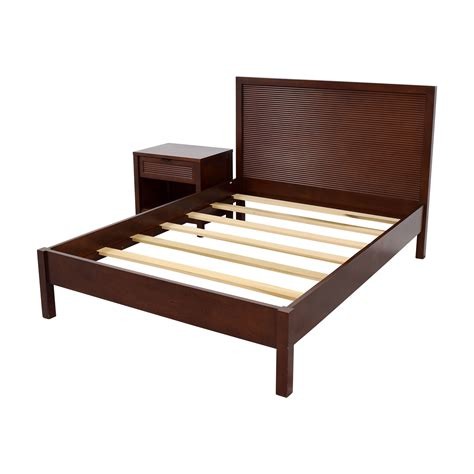 Crate And Barrel Platform Bed 59 Crate Barrel Crate Barrel Platform Bed And Stand Beds