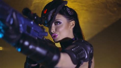 mover imagenes latex overwatch obtient sa parodie porno quot officielle quot oversnatch
