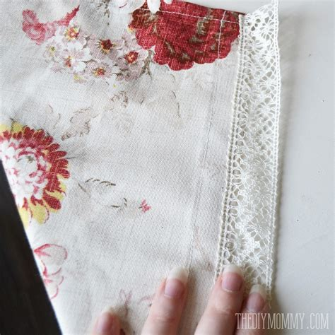 how to sew lace curtains sew easy cafe curtains the diy mommy