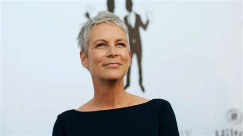 the 17 hottest silver foxes jamie lee curtis lee curtis top ten celebrities with grey hair from suave to sexy to