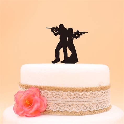 funny soldier cake topper  bride  groom wedding cake