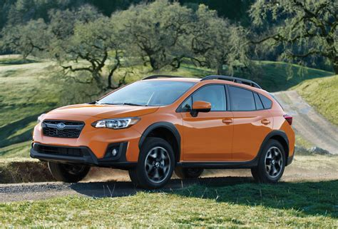 subaru xv crosstrek subaru forester vs subaru xv crosstrek which crossover to