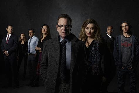 designated survivor one year in cast kiefer sutherland s designated survivor reflects