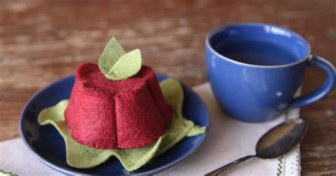 jello design html benzie a fanfare of felt cranberry jello diy and pattern