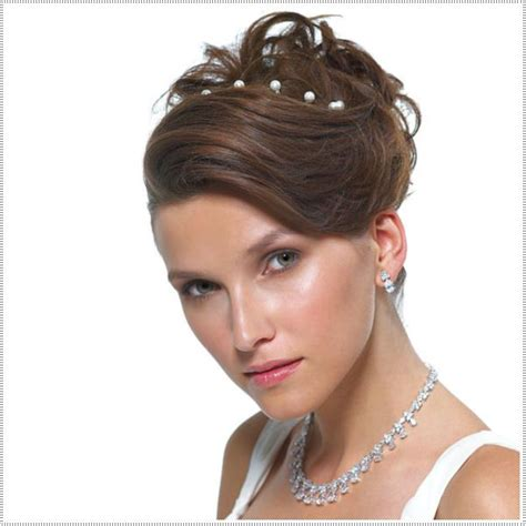 hairstyles for short hair graduation 30 amazing prom hairstyles ideas