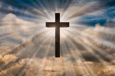 Le Und Licht by Jesus Kruis Op Een Hemel Met Dramatisch Licht