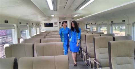 Ac Duduk Second wajah baru gerbong ekonomi kereta api jarak jauh indonesia transportation and heritage