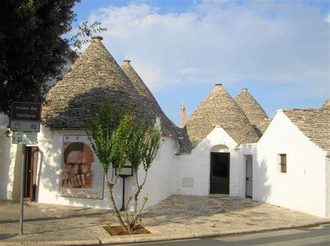 trulli casa alberobello museo in italia trullo casa pezzolla alberobello