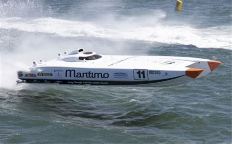 offshore powerboats set for newcastle harbour - Offshore Boats Newcastle