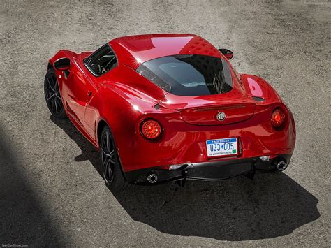 Alfa Romeo Sports Car by 2015 Alfa Romeo 4c Sport Car