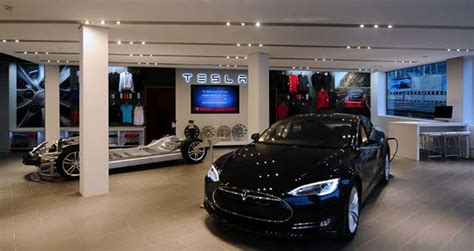 Tesla Service Center Chicago Tesla Opens New Retail Store In Geneva