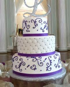 3 tier cake fondant and butter cream mix unforgettable wedding cake