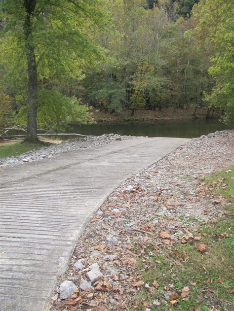 lake boat trail of lights kentucky department of fish wildlife green river pool 6