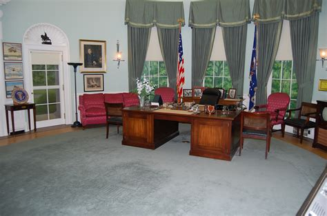 fdr oval office the changing oval office from fdr to obama letawookieewin