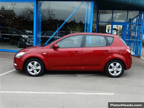 Kia Cee D For Sale Used 2011 Kia Cee D 1 6 Crdi Ecodynamics 2 5dr For Sale In