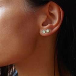 one ear earring 25 best ideas about pierced earrings on ear piercings ear peircings