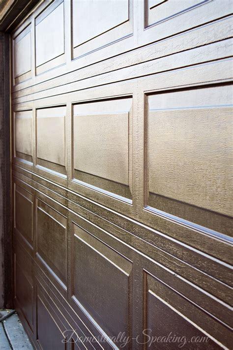 Diy Garage Doors Diy Garage Door Makeover With Stain Domestically Speaking