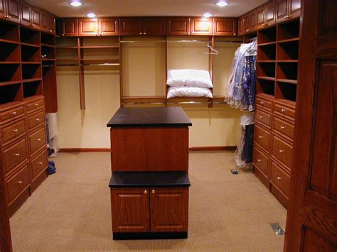 Bedroom Walk In Closet Designs Walk In Closet Layouts Best Layout Room