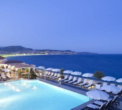 biarritz lifestyle travel