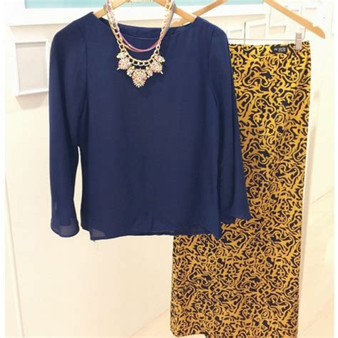design blouse batik modern 11 instagram boutiques to check out for chic modern batik
