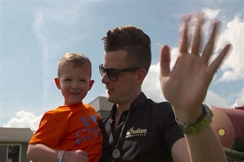 93 7 the fan listen chase bryant gives 3 year old fan the surprise of a lifetime