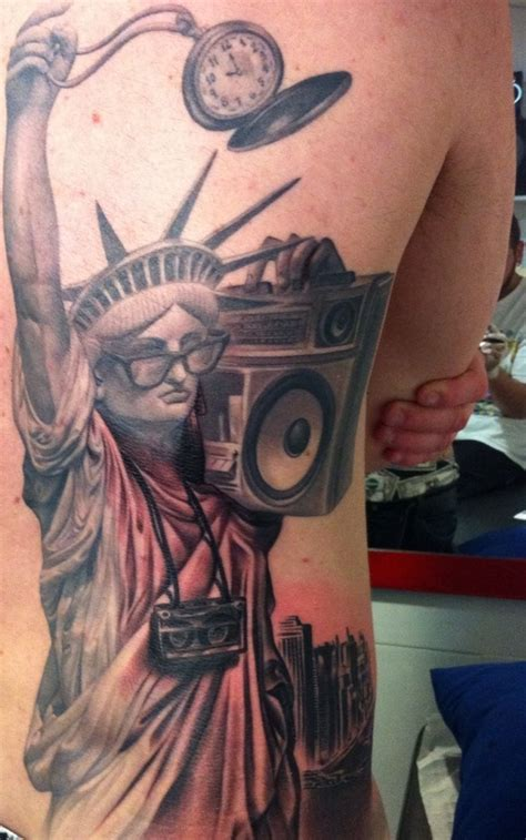 statue of liberty tattoo designs 30 ultimate statue of liberty tattoos ideas