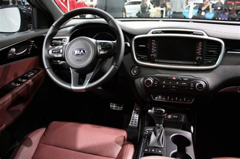 Kia Sorento Inside Pictures 2017 Kia Sorento Updated With Better Pricing And New Features