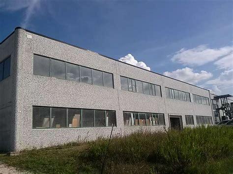 capannoni industriali affitto capannoni industriali a spoleto in vendita e affitto