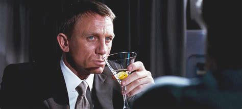 james bond martini james bond s bartender on how to make the perfect martini