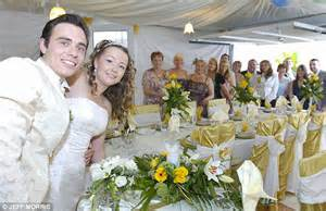 Marriage The Garage by Avoid Wedding Debts By Tying Knot For Just 163 1 000