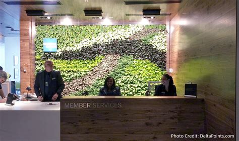 Reception Desk Miami Centurion Club Miami Reception Desk Delta Points Ren 233 S Pointsren 233 S Points